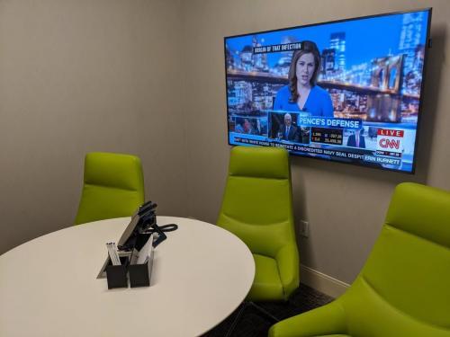 Centurion Lounge DFW - Conference Room
