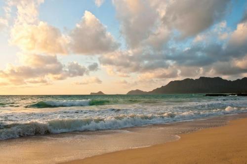 Things to do in Oahu - Waimanalo Beach